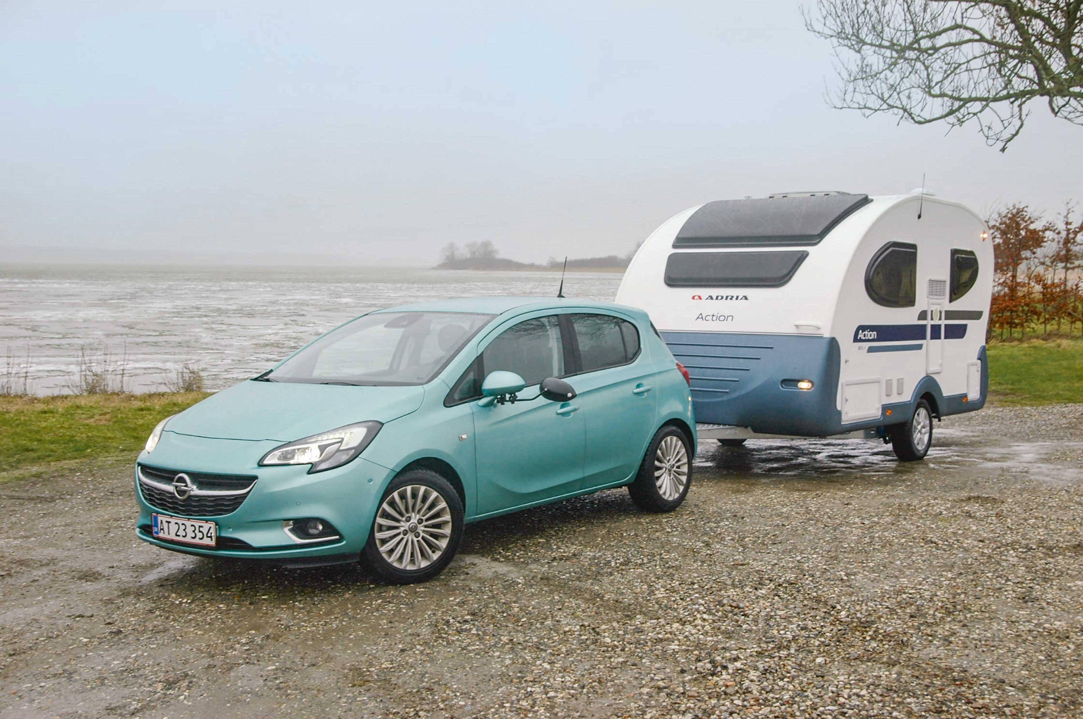 Trækkertest: Adria Action og Opel Corsa | FDM
