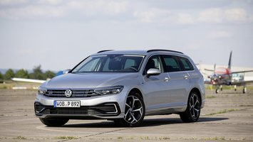 VW Passat Variant, 1.4 GTE Business