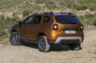 Dacia Duster set bagfra