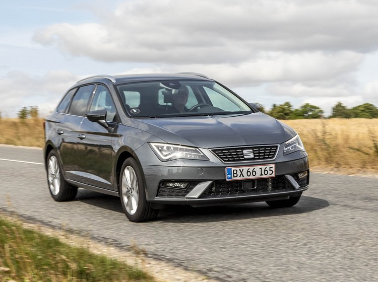 Seat Leon ST forfra