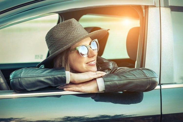 Bilsyn hos FDM i vores synshaller – se priser på syn af bil, MC og campingvogn